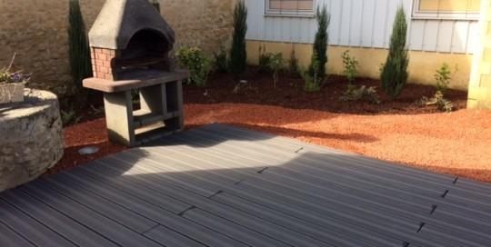 terrasse-composite-barbecue-jardin